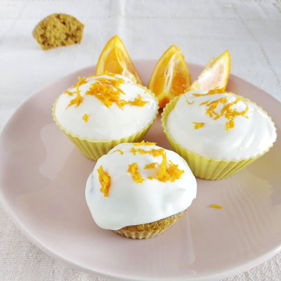 Cupcakes saudáveis com skyr doces saudáveis