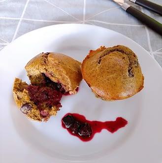Receita doces saudáveis queques de frutos vermelhos e linhaça