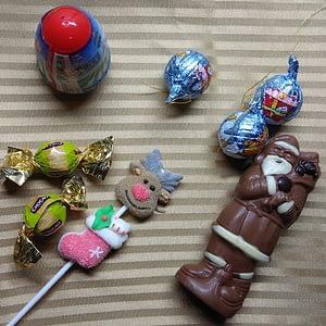 As crianças e os doces de natal